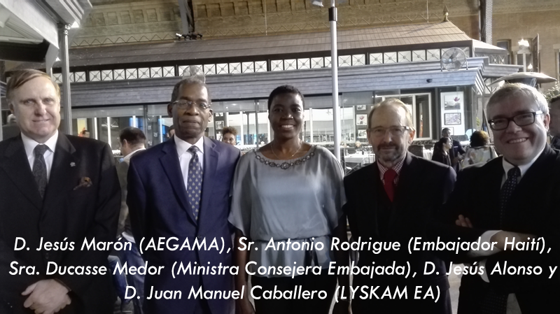 Lyskam con Haití: Jesús Marón, Antonio Rodrígue, Ducasse Medor, Jesús Alonso y Jose Manuel Caballero